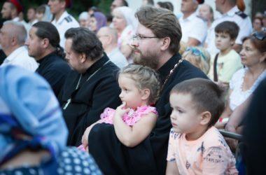 В Волгограде прошла акция «Крепкая семья – сильная Россия»