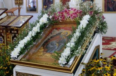 Божественная литургия в храме Илии Пророка