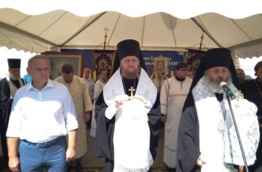 В Волжском открылась первая православная выставка