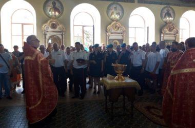 Армейский душепопечитель совершил молебен для волгоградских десантников