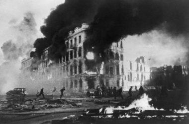 В волгоградских храмах молитвенно почтили память жертв бомбардировок Сталинграда