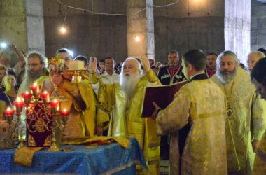 В День памяти Александра Невского совершена Литургия в строящемся в Волгограде соборе