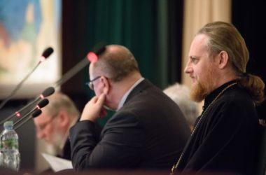 Епископ Городищенский Феоктист выступил с докладом на конференции в МДА