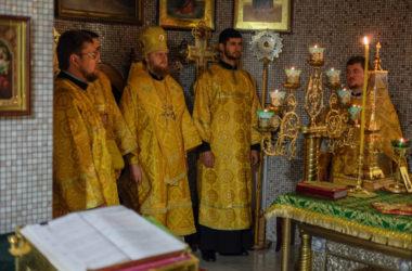 Божественная литургия (26 ноября 2018 года)