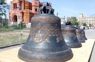 Главные колокола собора Александра Невского поднимут на звонницу 4 ноября