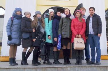 Молодые прихожане храма Иоанна Кронштадтского побывали в гостях у «Владимирской дружины»