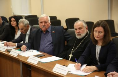 Протоиерей Олег Кириченко возглавит одну из комиссий Общественной палаты города