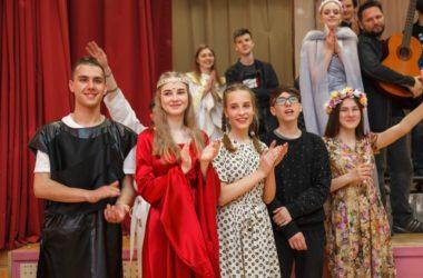Театр духовно-нравственного сюжета «Миргород» подготовил премьеру к Рождеству
