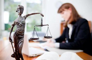 При храме Похвалы Пресвятой Богородицы можно получить бесплатную консультацию юриста