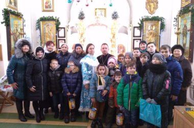 Праздничные акции прошли в храме святого адмирала Феодора Ушакова