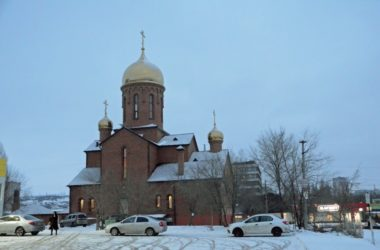 Божественная литургия в храме Знамения Пресвятой Богородицы
