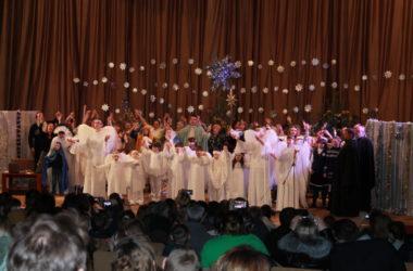 В благочинии Дзержинского района прошли праздничные ёлки