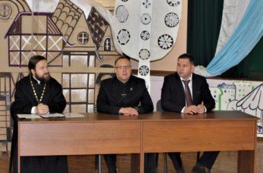 Круглый стол в рамках Рождественских образовательных чтений проведен в Тракторозаводском благочинии