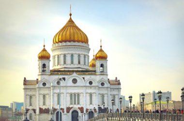 Митрополит Волгоградский и Камышинский Феодор принял участие в богослужении в храме Христа Спасителя