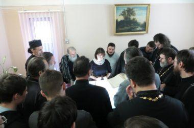 Студенты ЦПУ побывали на экскурсии в Государственном архиве Волгоградской области