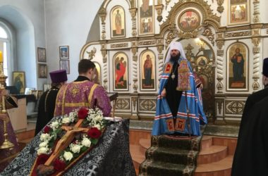 Слово Митрополита Волгоградского и Камышинского Феодора в Неделю Крестопоклонную