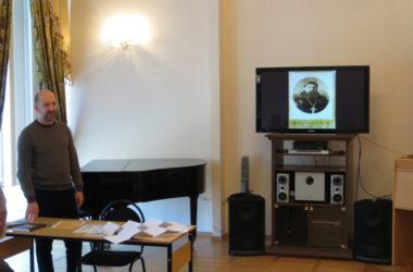 В областной библиотеке им. М. Горького прошла встреча с краеведом Дмитрием Щербаком