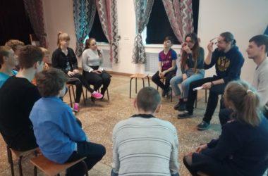 Православная молодежь навестила детей с ограничениями по здоровью в школе-интернате