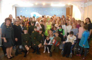 Православная молодежь навестила воспитанников Петроввальского дома-интерната