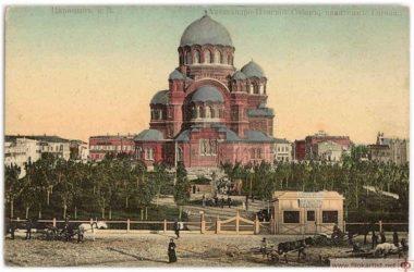 Митрополит Волгоградский и Камышинский Феодор освятит два малых купола собора Александра Невского