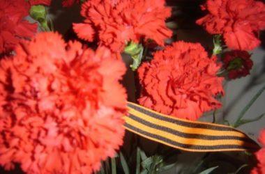 Руководитель социального отдела епархии поздравил ветеранов с Днем Победы