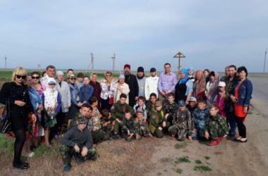 Православные верующие Волгоградской митрополии приняли участие в фестивале казачьей культуры