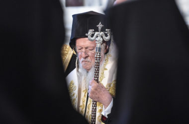 Патриарха Варфоломея могут низложить из-за Украины