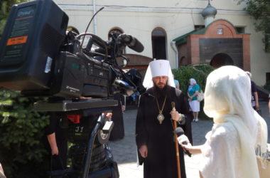 Праздничное архиерейское богослужение в День Святого Духа