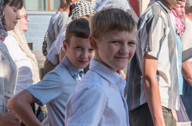 В торжествах в честь Николая Попова приняли участие три с половиной тысячи человек: кто они