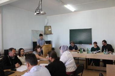 Выпускники Царицынского православного университета защитили дипломные работы