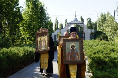 Видео: Крестный ход с волгоградскими святынями побывал в Ерзовке
