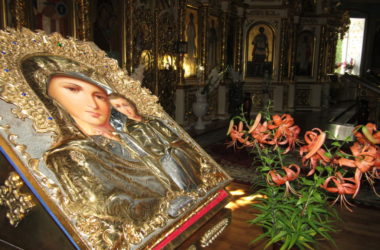 Волгоградцы молитвенно отпраздную день Казанской иконы Пресвятой Богородицы