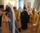Божественную литургию  в память Петра и Павла в Карповке возглавил митрополит Феодор