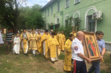 В день святой Ольги в поселке Максима Горького торжественно отпраздновали престольный праздник