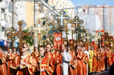 «Крестный ход идет»: фильм о торжествах в честь священномученика Николая Попова
