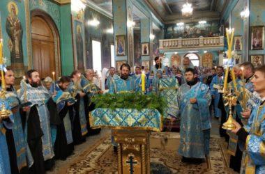 Видео: Обретение Казанской иконы Пресвятой Богородицы – престольный праздник кафедрального собора Волгограда