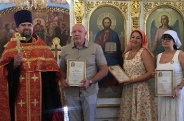 В Никольском кафедральном соборе Камышина поздравили врачей