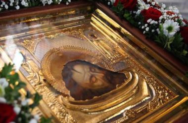 В день Усекновения главы Иоанна Предтечи в храмах молились о страдающих наркоманией