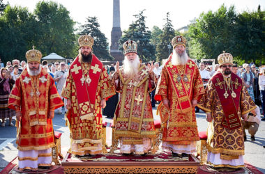 Священство почтило память  святых покровителей Земли Волгоградской