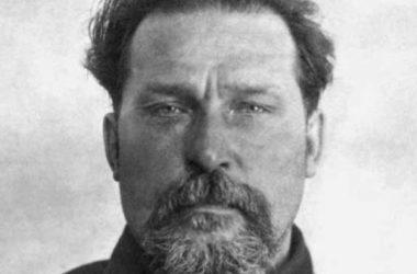 Отец Петр Никотин: «Обновленцы последние подхалимы и шпионы советской власти»