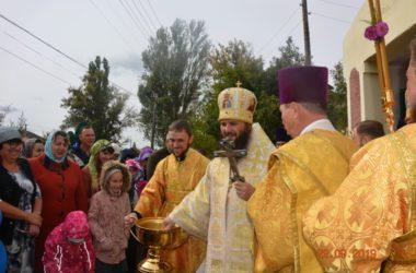 Владыка Феодор возглавил Литургию в храме села Умет
