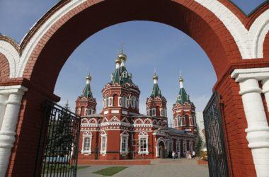 «По святым местам»: Казанский собор Волгограда