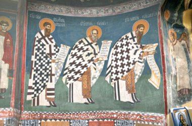Историю церковных облачений представит выставка в Свято-Троицком храме