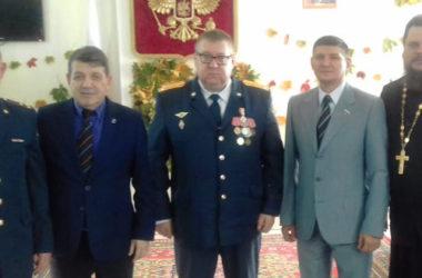 Священники Волгоградской епархии поздравили работников колонии-поселения