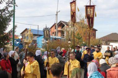 Встреча святынь в храме святого праведного Иоанна Кронштадтского