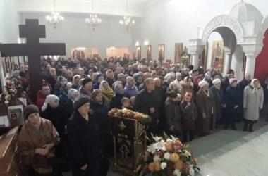 Божественная литургия в храме Князя Владимира
