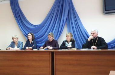 В Ворошиловском благочинии прошла встреча духовенства и работников образования