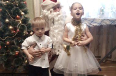Православные Красноармейского благочиния поздравили детей-инвалидов