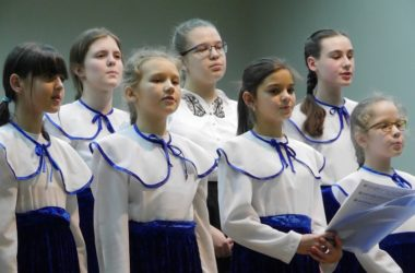 Творческие коллективы при Казанском кафедральном соборе приняли участие в концерте духовных стихов