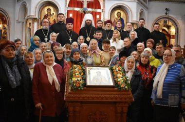 В день памяти святителя Спиридона Тримифунтского владыка Феодор совершил Божественную литургию